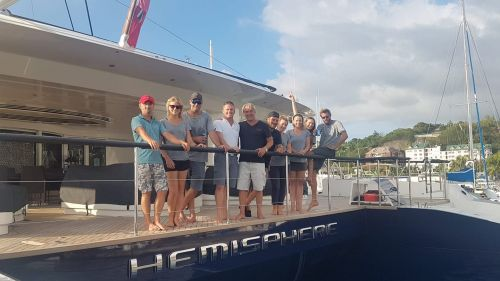 SY Hemisphere - Zytexx team with the crew